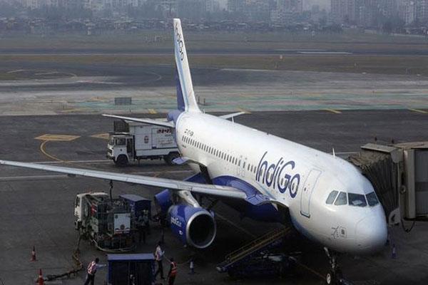 indigo plane engine fails before flying
