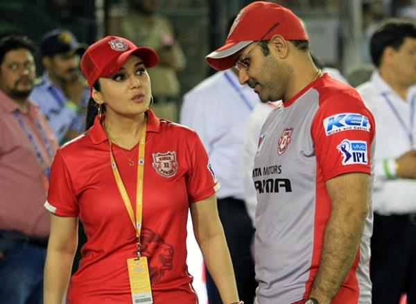 preity zinta slams media reports about alleged spat with sehwag