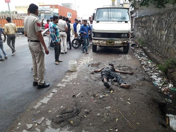 dead body found in sewer police investigating