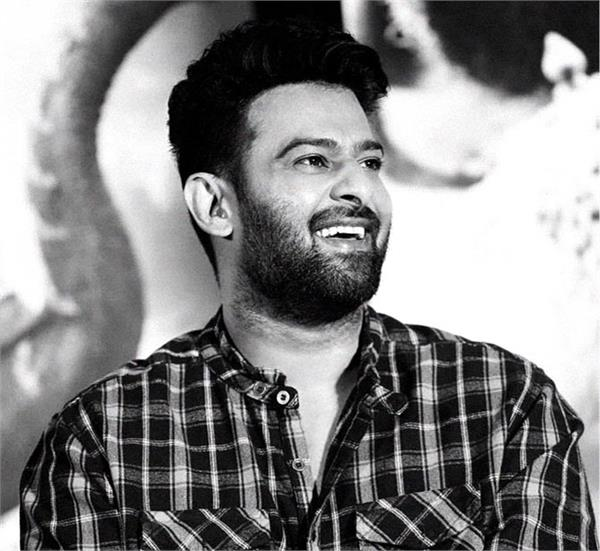 prabhas film saaho action sequence crashes cars and trucks