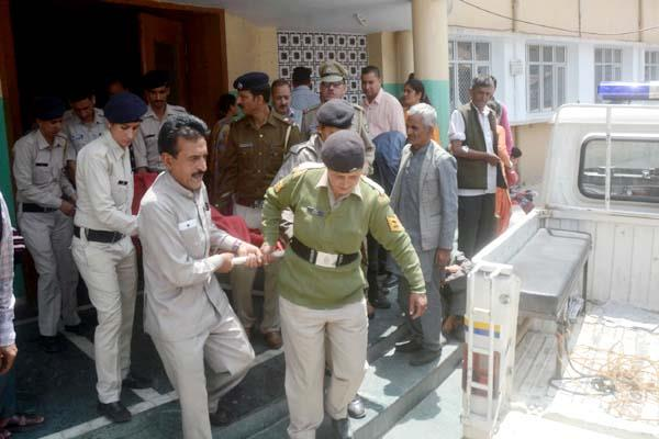 postmortem of woman officer s body goes on for two hours in igmc