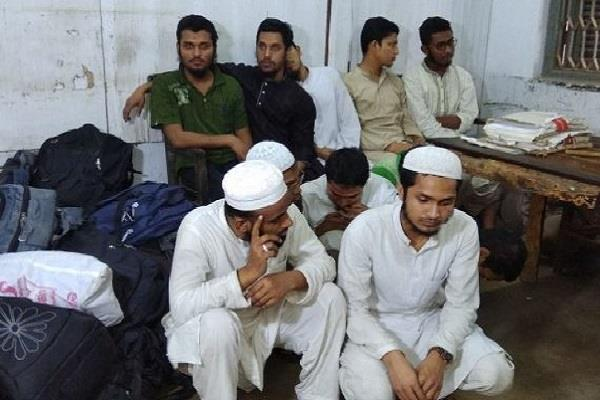 24 bangladeshis arrested in tripura
