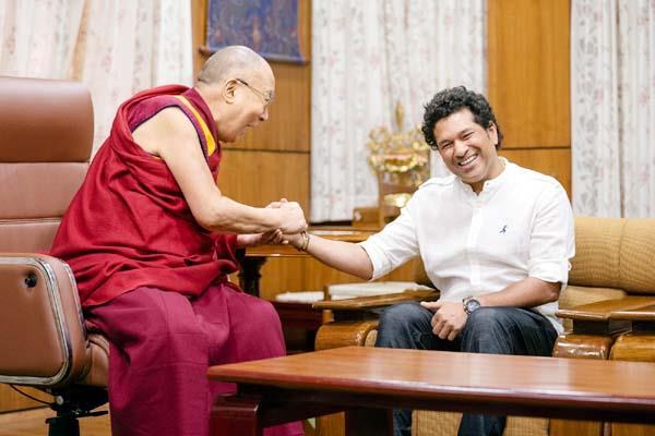 sachin taken bless from dalailama foundation stone of museum