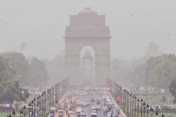 today possibility of rain in delhi