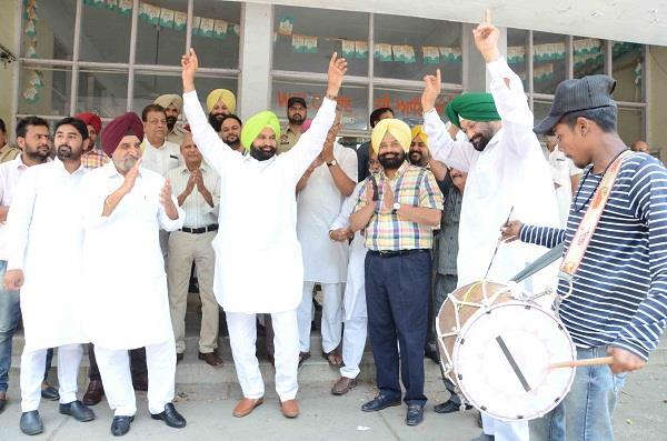 congress wins shahkot assembly seat in punjab