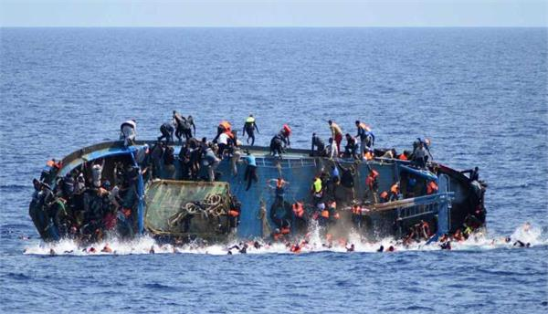 100 migrants feared dead after boat capsizes off libya s coast