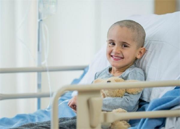 क्यों तेजी से बढ़ रहा है बच्चों में ब्लड कैंसर? जानिए इसके लक्षण