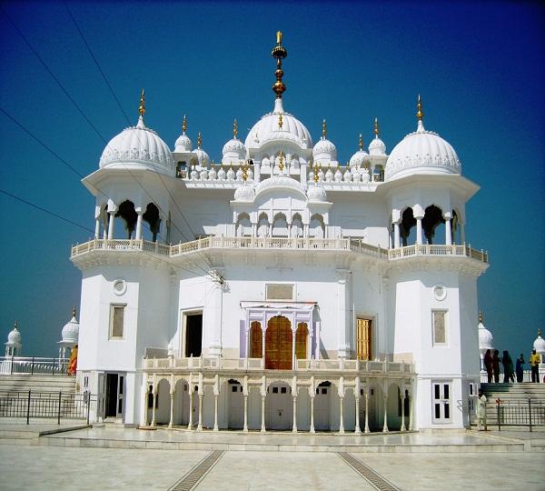 Sacrilege in Takht Sri Kesgarh Sahib