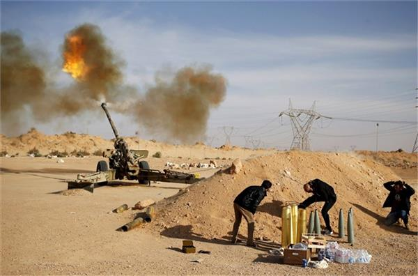 libya militia attacks oil sites under strongman s control
