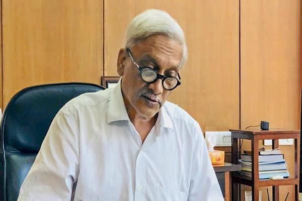 kejriwal welcomes parrikar return