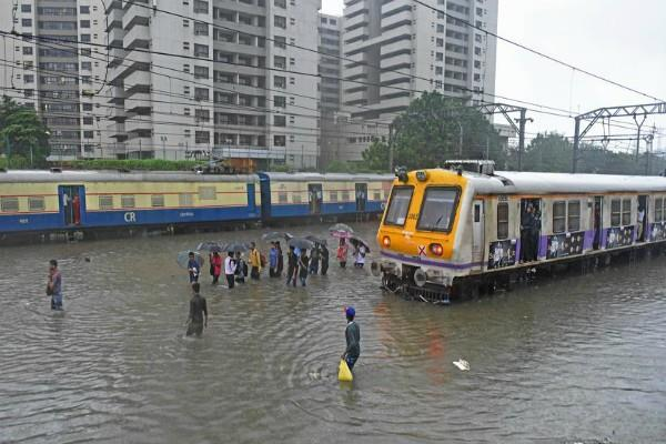 waterproof engines will run in the rainy days