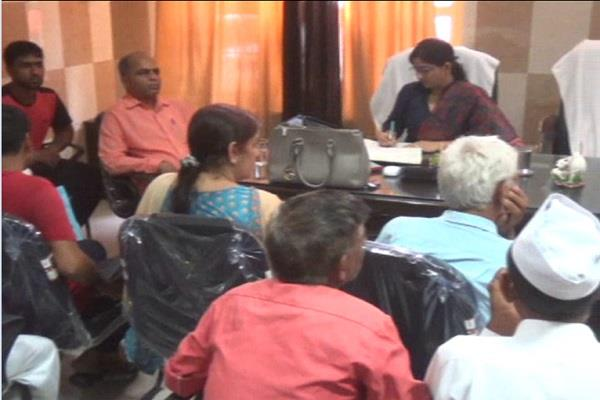 loan up to 15 thousand given to 50 tea vendors under mission change scheme