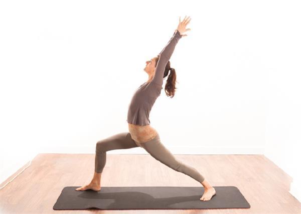 दिल से लेकर मसल्स को स्ट्रांग बनाता है यह योगासन