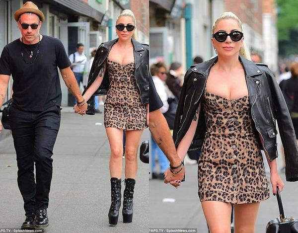 lady gaga with her fiancé christian carino