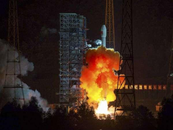china successfully launches new satellite
