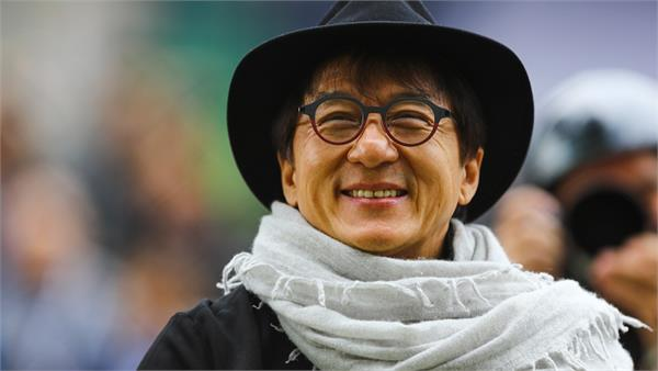 jackie chan s memoir  never grow up  to be published