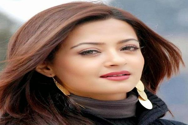 bollywood actress surwin chawla still not advance bail