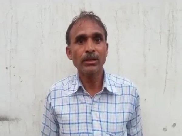 panchayat alloud victim father spit