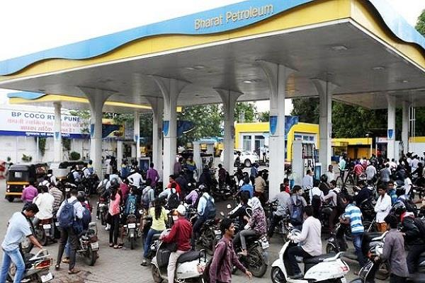 petrol price hiked in this state rush on petrol pump