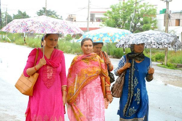 rain lashes in jammu