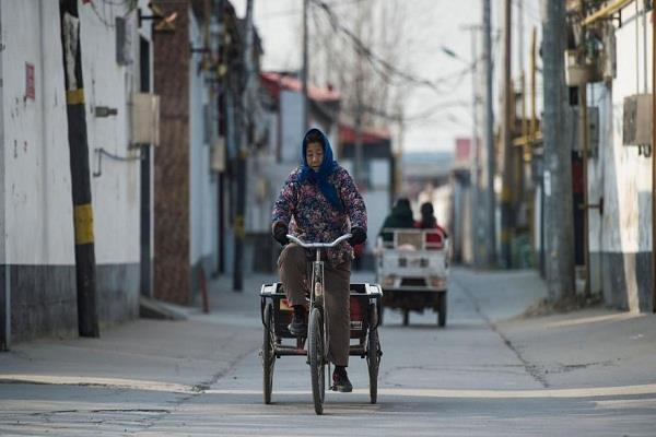 china pulls seven million people out of the poverty line in five years report