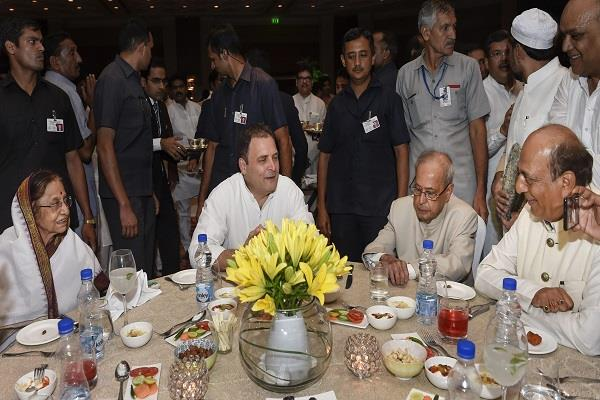 opposition leader s rally in rahul s iftar