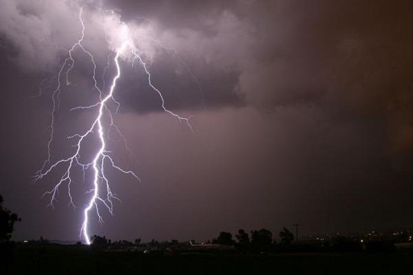 26 killed due to tornados in uttar pradesh