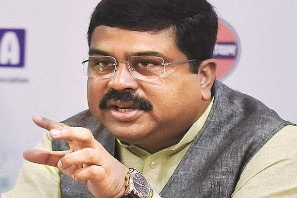 plan to make country s economy gas based pradhan