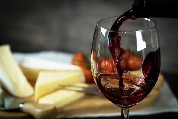 attention expiry date wine being served in delhi