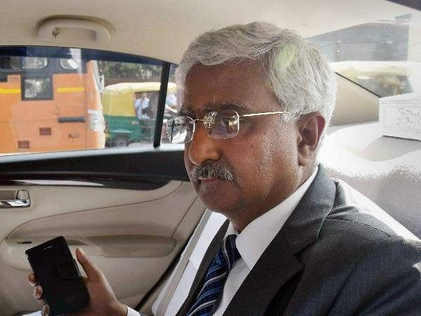 delhi high court to be chief secretary to be a jerk assembly committee