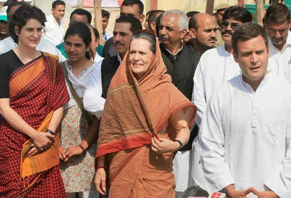will sonia gandhi hand over the seat of rae bareli to priyanka