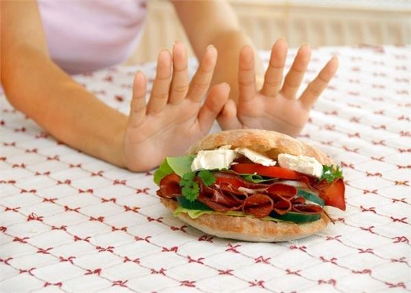 अगर आपका भी नहीं करता कुछ खाने का मन तो ये 10 चीजें खाकर बढ़ाएं भूख