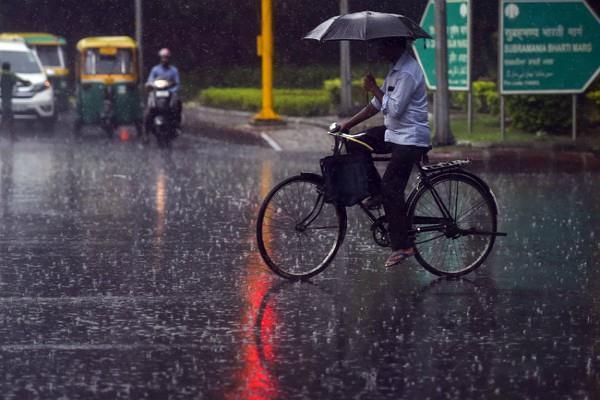 heavy rains in many states including delhi ncr