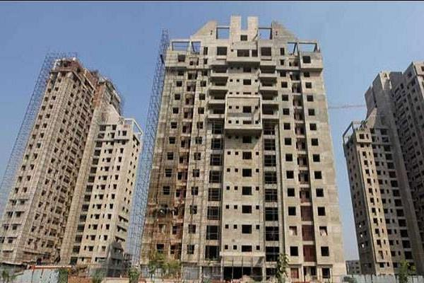 building to be demolished in noida notice issued