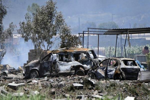 fireworks warehouses in central mexico explode 24 killed in deaths
