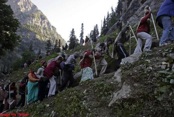 115 kailash mansarovar passenger stranded in uttarakhand due to bad weather