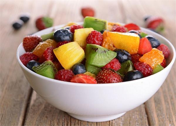 हर फल खाने का होता है सही समय, तभी मिलता है फायदा