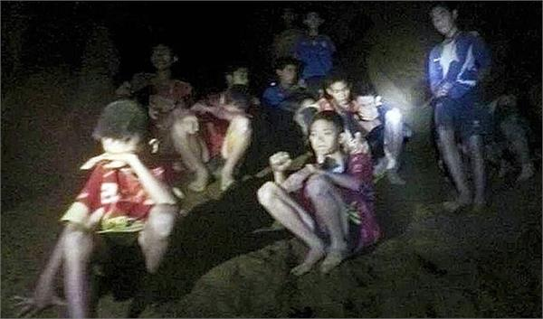 tthai football team may spend months trapped in cave