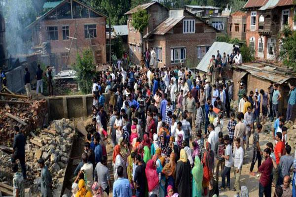 militants fires in the funeral of militant in kulgam