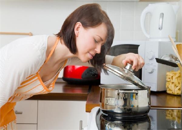 नारियल या जैतून, खाना पकाने के लिए कौन-सा तेल है बेहतर?