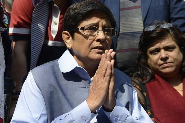 kiran bedi trolled on congratulations on the victory of france