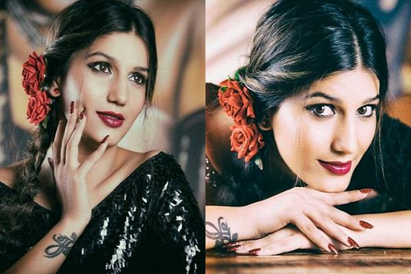 sapna choudhary share bold pictures