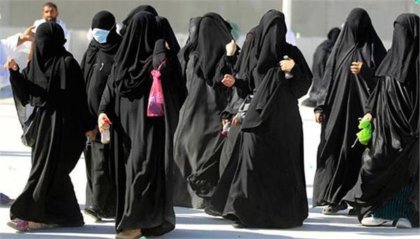 saudi women in preparation to fly airplane