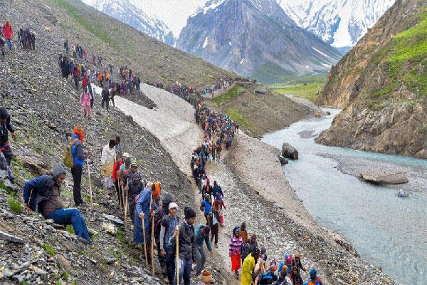 amarnath yatra stopped due to rainfall