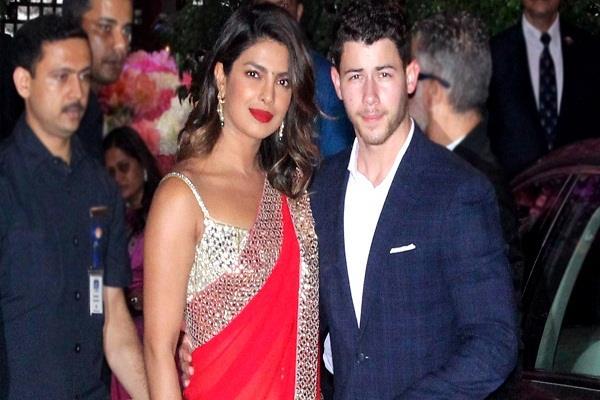 प्रियंका ने बॉयफ्रेंड निक के साथ गुपचुप तरीके से की सगाई, इस साल कर सकते हैं शादी