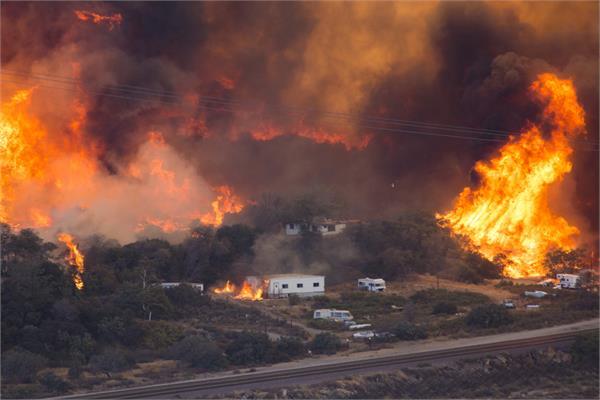 terrifying  flaming tornados burn through northern california