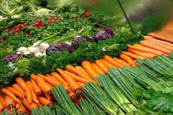 switch to organics may increase monthly food bill by rs 1500 per family study