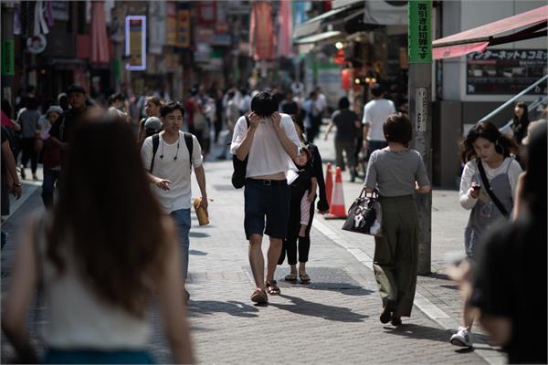 japan heatwave kills 65 in one week