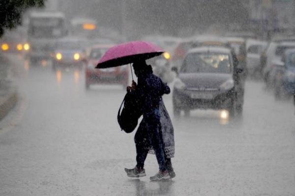 monsoon falls by 5 percent