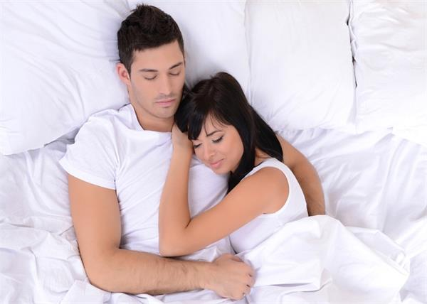 sleeping positions say about relationships